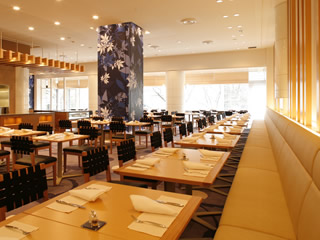 出典:http://www.princehotels.co.jp/takanawa/restaurant/patio/